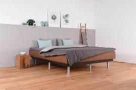 Wasserbett mit Schwebesockel + Topper + Laken
