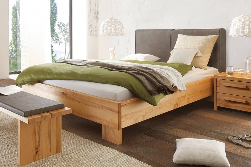 Wasserbett + Bettrahmen Woodline Solido 23 + Wandpaneel Almeno L + Füße Tava